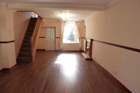 3 bedroom flat to rent - Balaclava Street, St Thomas, Swansea, SA1 8BR