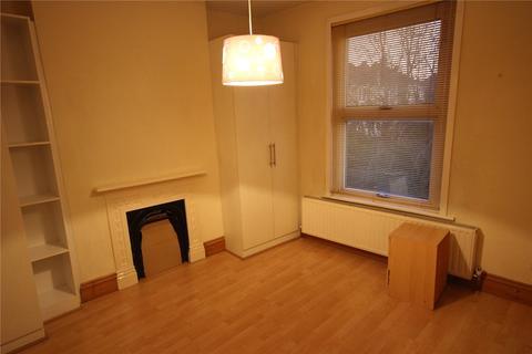 1 bedroom house share to rent - Shrewsbury Road, London, N11