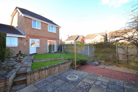 4 bedroom detached house to rent - Dutchells Way, Eastbourne, BN22