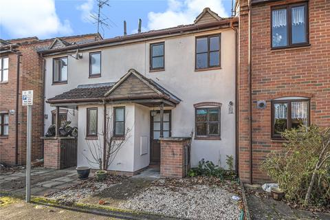 2 bedroom end of terrace house for sale - Pages Lane, Uxbridge, Middlesex, UB8