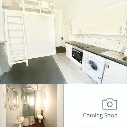 Studio to rent - 34 Oriental Place, Flat 2, Brighton