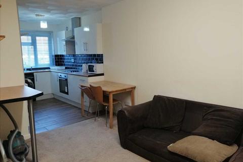 1 bedroom apartment to rent - Broadway, Pontypridd