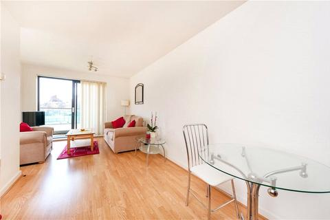 1 bedroom apartment to rent - Douglas Path, London, E14