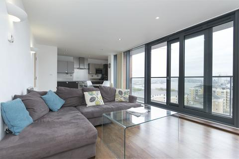 2 bedroom apartment to rent - Neutron Tower, E14