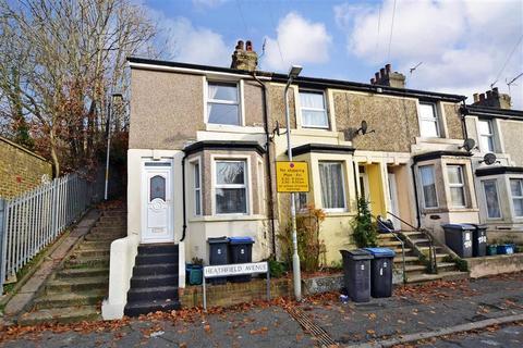3 bedroom end of terrace house for sale - Heathfield Avenue, Dover, Kent