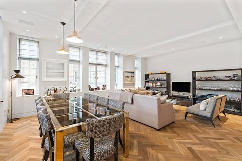 3 bedroom flat to rent - Langham Street, Marylebone, London, W1, W1W