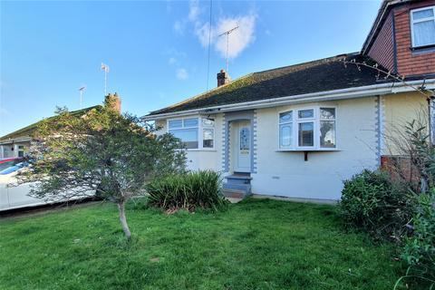 2 bedroom semi-detached bungalow to rent - Langdon Road, Rayleigh, Essex