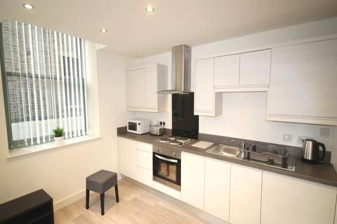 2 bedroom flat to rent - 26-30 Sunbridge Road, City Centre, Bradford
