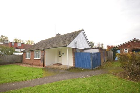 3 bedroom detached bungalow to rent - Mountfield Road Lewes BN7