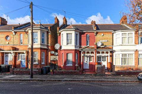 2 bedroom terraced house for sale - Russell Avenue, Noel Park, N22