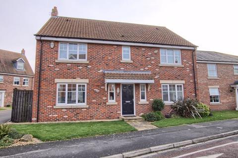 5 bedroom detached house for sale - Fishbourne Grove, Ingleby Barwick