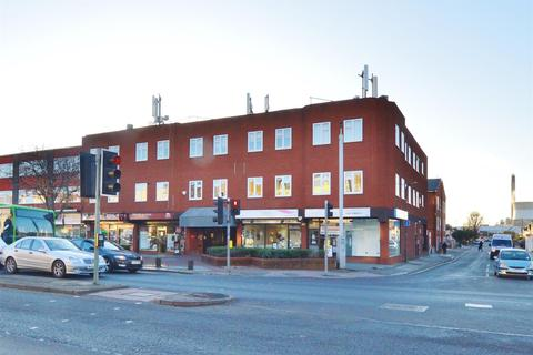 Studio for sale - Ambassador House Farnham Road Slough Berkshire