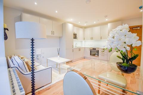 1 bedroom apartment to rent - High Street, Feltham, TW13