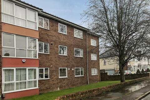 2 bedroom flat for sale - Addison Road, Enfield