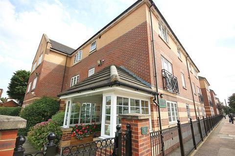 2 bedroom retirement property for sale - Betjeman Court, Cockfosters Road, EN4