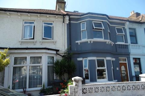 4 bedroom terraced house to rent - Beach Road, Eastbourne