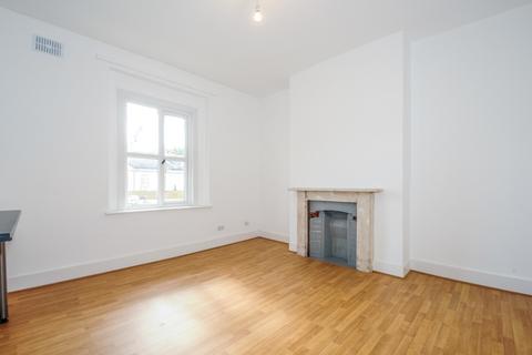 2 bedroom apartment to rent - Montpelier Road Peckham SE15