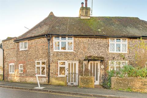 2 bedroom terraced house for sale - Old London Road, Patcham, BN1