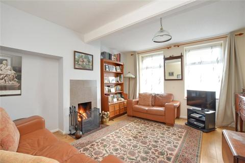 2 bedroom terraced house for sale - Escott Gardens, London, SE9