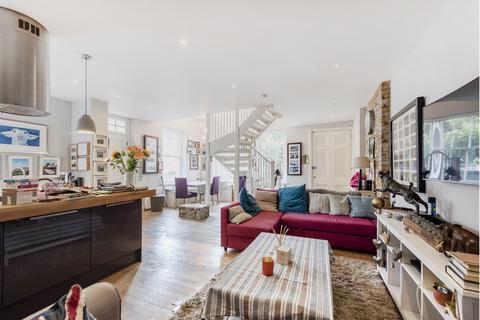 2 bedroom flat to rent - Salisbury Street, Acton, W3