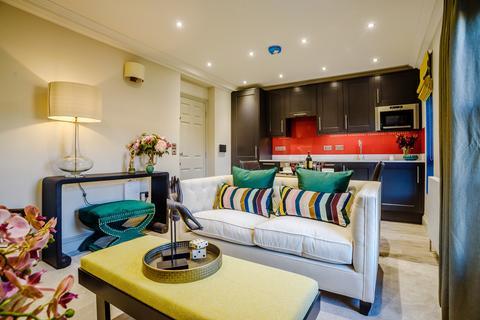 Studio to rent - 3-5 Queen Street , Cirencester GL7