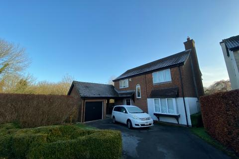 3 bedroom detached house to rent - Home Close , , Chiseldon, SN4 0ND