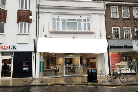 Workshop & retail space to rent - Kt12