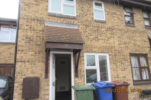 2 bedroom semi-detached house to rent - Arnold Place, Tilbury RM18
