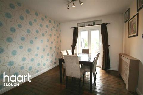 2 bedroom terraced house to rent - Excellent - Slough