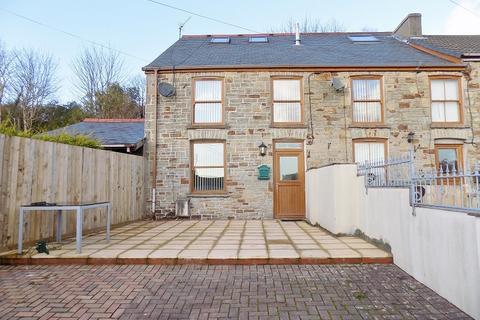 4 bedroom end of terrace house for sale - Rose Terrace, Bettws, Bridgend. CF32 8SY