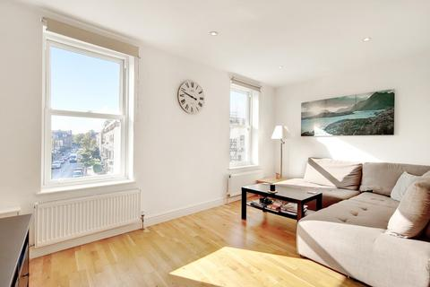 2 bedroom flat for sale - Santley Street, Clapham, London, SW4