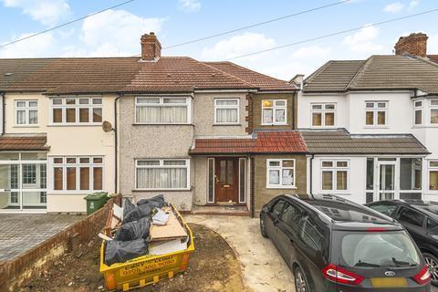 4 bedroom semi-detached house for sale - Dunwich Road Bexleyheath DA7