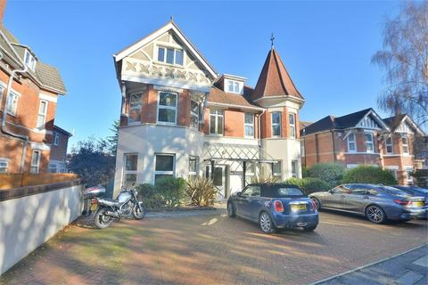 2 bedroom flat for sale - Alumhurst Road, Alum Chine, Bournemouth