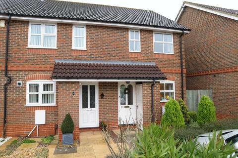 2 bedroom terraced house to rent - Coniston Close, Woodley, Reading, RG5 4AY