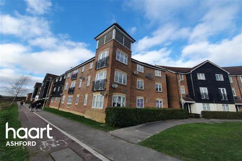 3 bedroom flat to rent - Riverbank Way, Ashford, Kent, TN24