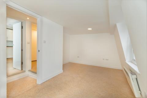 2 bedroom apartment to rent - Newport Court, Chinatown