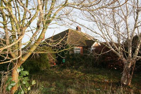 2 bedroom semi-detached bungalow for sale - St. Richards Road, Deal