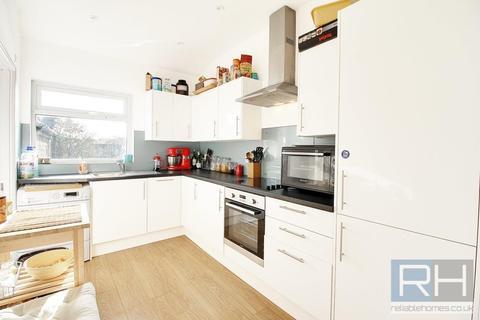 2 bedroom apartment to rent - Tottenham Lane, London, N8