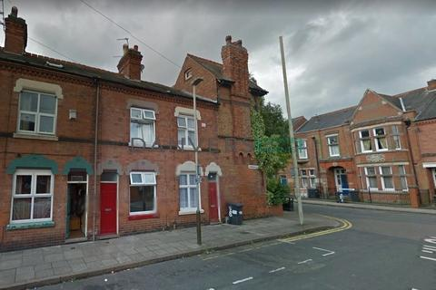 3 bedroom terraced house for sale - Churchill Street, Leicester
