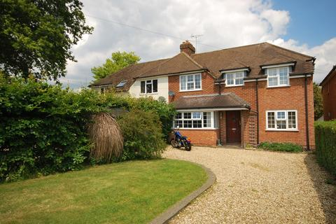4 bedroom semi-detached house to rent - South Avenue, Farnham, Surrey