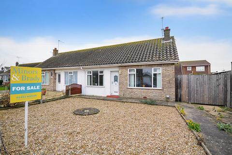 2 bedroom semi-detached bungalow for sale - Eastern Avenue, Caister-On-Sea