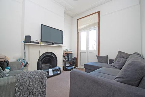 4 bedroom terraced house to rent - Waldegrave Road, Turnpike Lane, N8