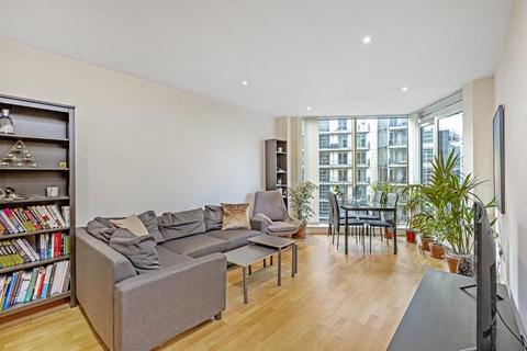 2 bedroom flat to rent - Juniper Drive, London SW18