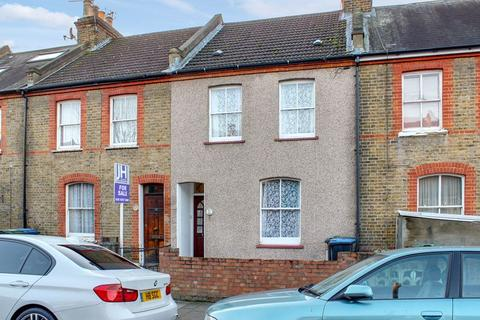 2 bedroom terraced house for sale - Percival Road, Enfield