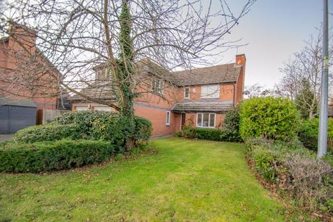 4 bedroom detached house to rent - Albert Place, Ampthill