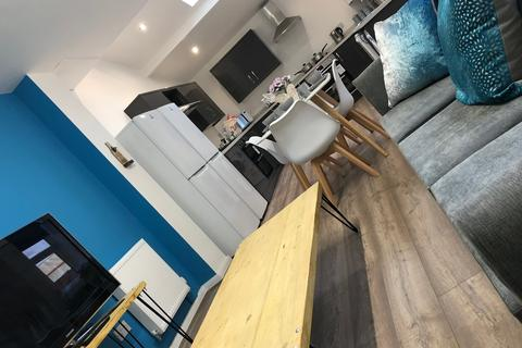 1 bedroom house share to rent - Oldham Road, Failsworth, Manchester