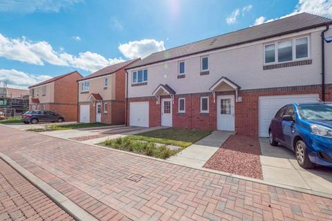 3 bedroom terraced house to rent - TORWOOD CRESCENT, SOUTH GYLE, EH12 9GJ