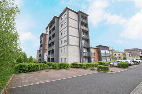 2 bedroom apartment for sale - North Side, The Staithes, Gateshead
