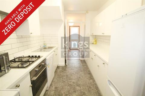 3 bedroom house to rent - Turkey Street, Enfield