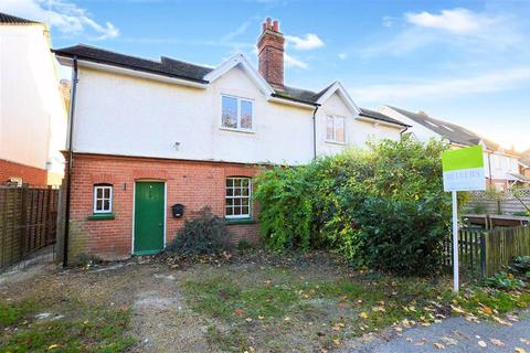 2 bedroom semi-detached house for sale - Brickfield Road, Coopersale, Epping